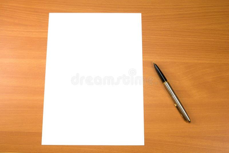 бумажное пер стоковая фотография