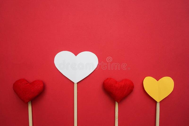 Бумажное сердце сделанное с руками стоковая фотография rf