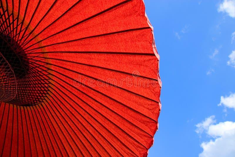 бумажный зонтик стоковая фотография