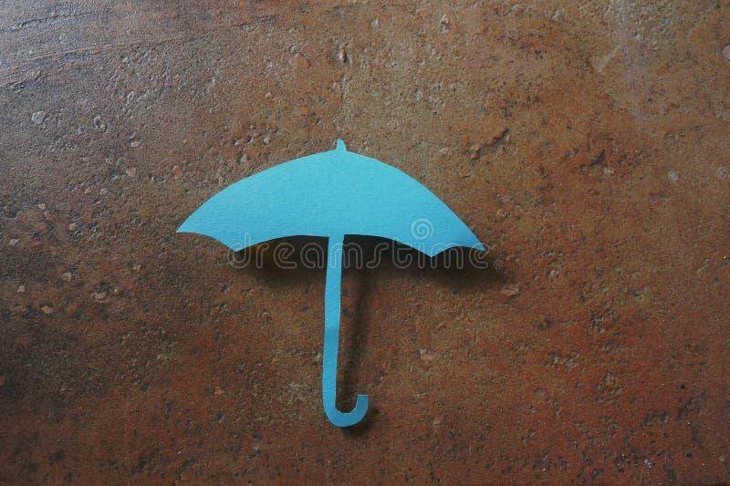 бумажный зонтик стоковые изображения rf