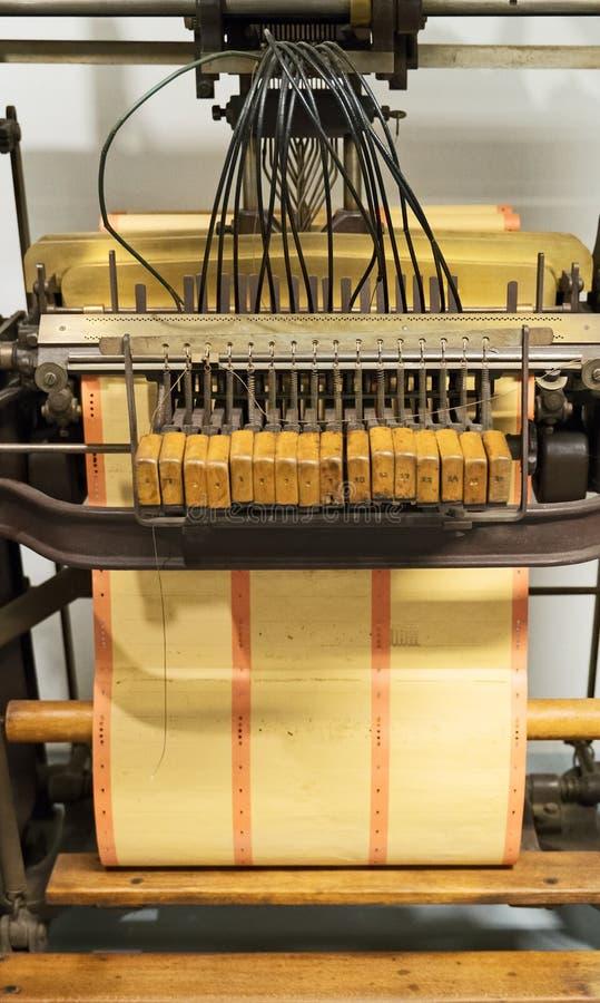 Бумажный штамповщик стоковая фотография