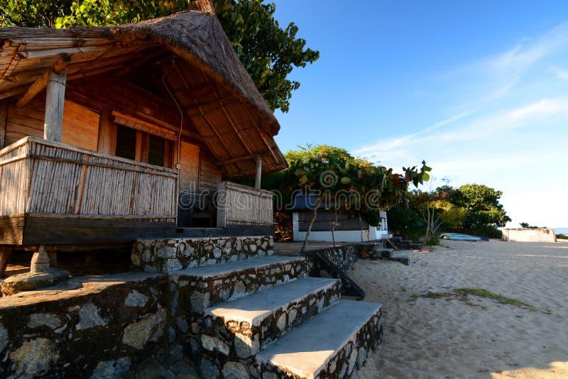 Бунгало в touristic курорте Пляж Kande Озеро Малави, Малави стоковые фотографии rf