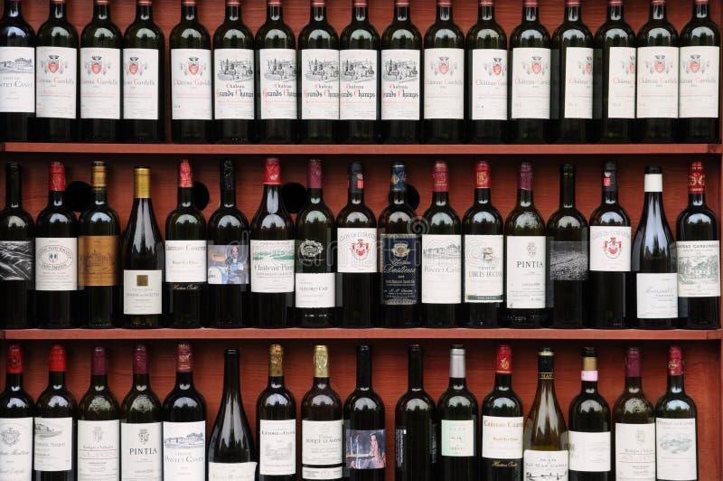 Бутылка Бордо стоковые изображения