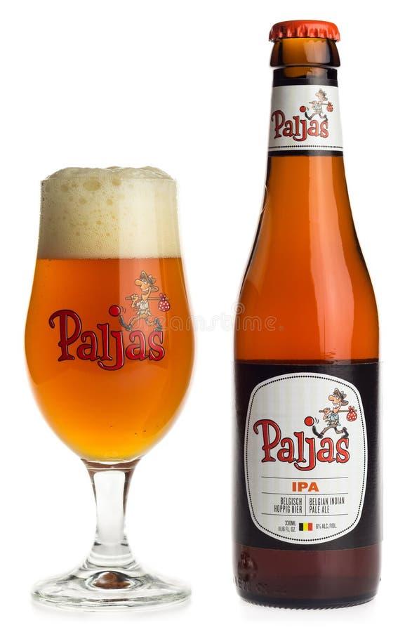 Бутылка и стекло пива Paljas IPA бельгийца стоковая фотография