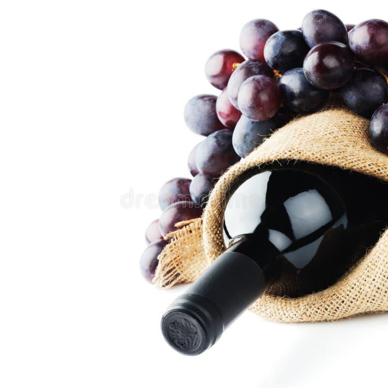 Бутылка красного вина стоковое изображение rf