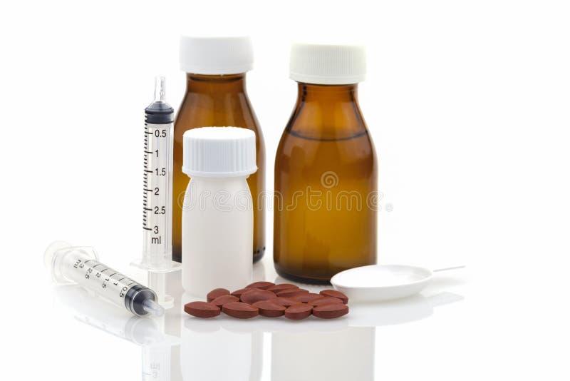 Бутылка медицины, медицинских таблеток лекарств, бутылка apsules пластичная, стоковое изображение rf