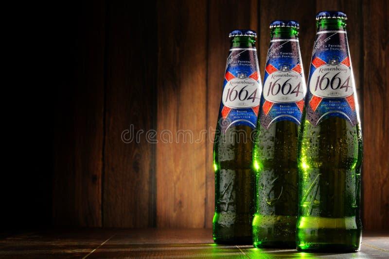 Бутылки пива 1664 Kronenbourg стоковое изображение rf
