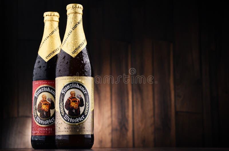 Бутылки Franziskaner Weissbier стоковые изображения rf