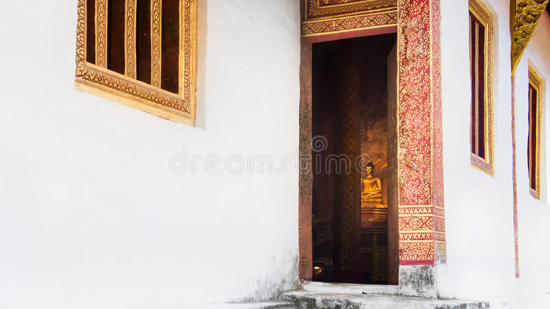 Будда, Phra Singha на Wat Phra Singh Woramahaviharn стоковое изображение rf