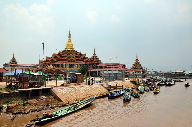 Буддийские монастыри стоковые изображения rf