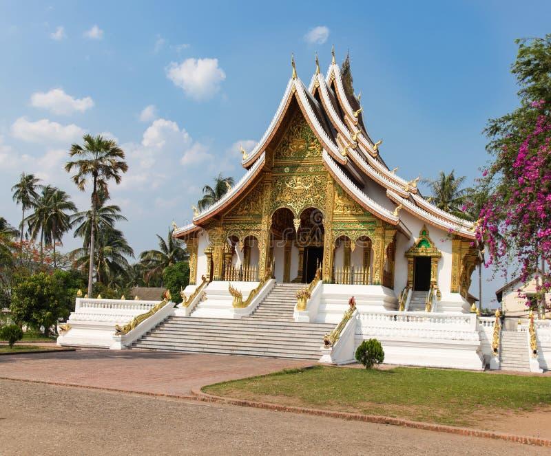 Буддийский висок Luang Prabang Лаос стоковое фото rf