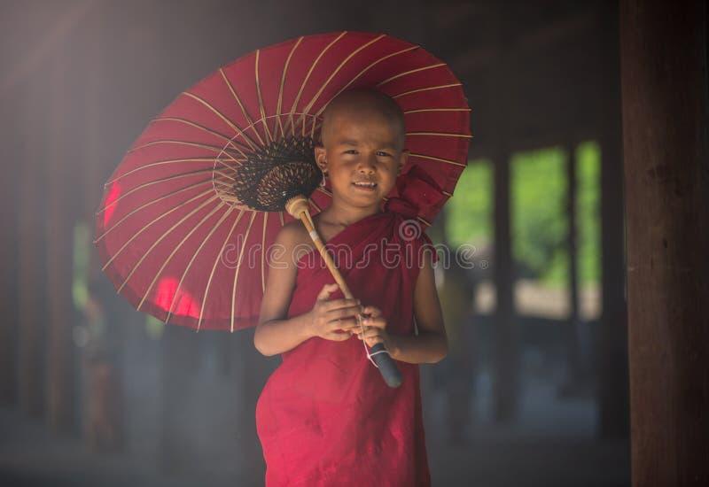 буддийский маленький монах стоковое фото