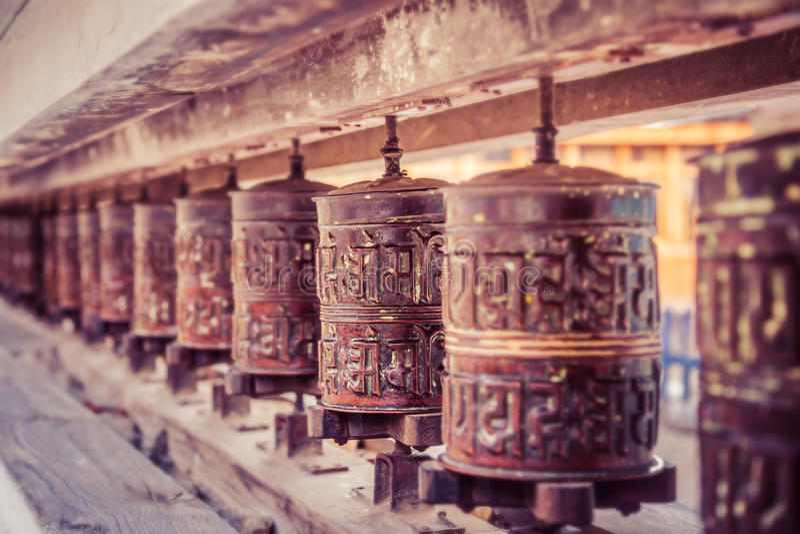буддийское колесо молитве стоковое изображение