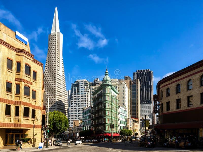 Бульвар Сан-Франциско городской Колумбуса стоковая фотография rf