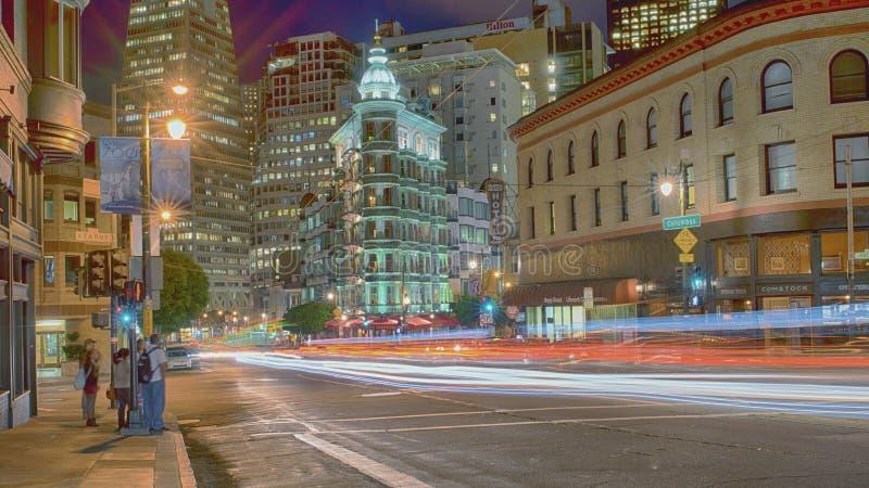Бульвар Сан-Франциско Колумбуса стоковые фотографии rf
