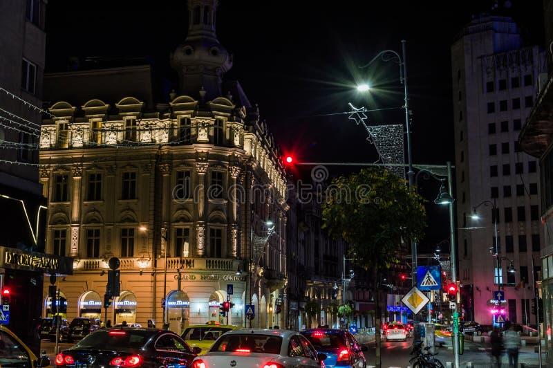 Бульвар Calea Victoriei к ноча стоковое изображение rf
