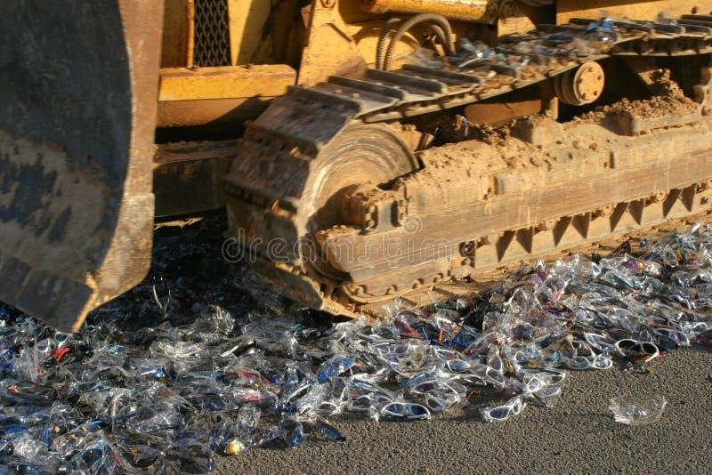 Бульдозер полиции подделывает разрушение стоковое изображение