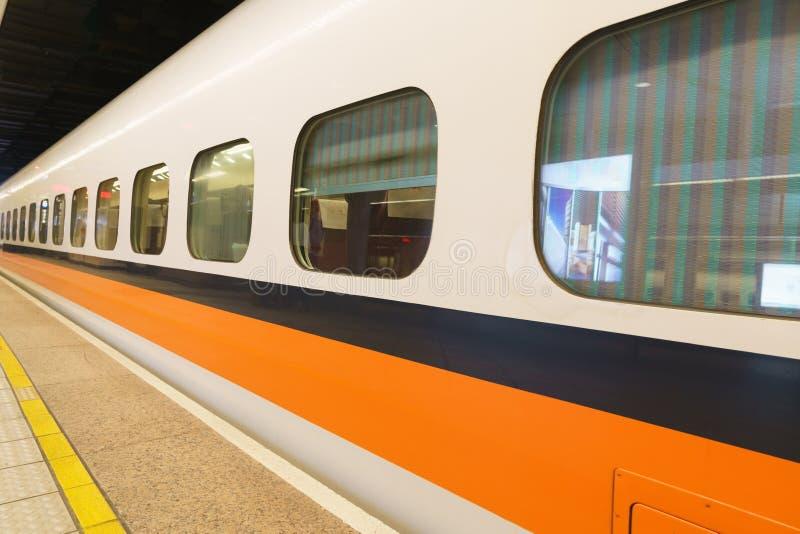 Быстроходный поезд Тайваня стоковое изображение
