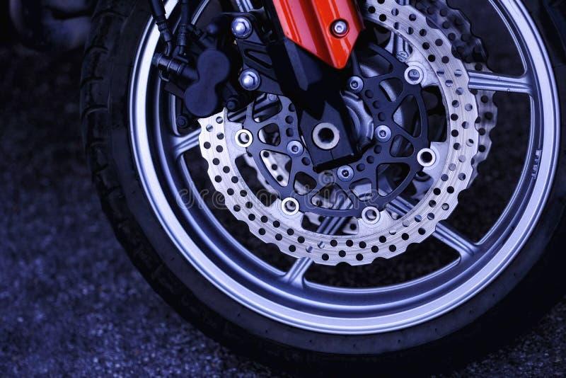 Быстрый и яростный, дорогой велосипед спорта стоковое изображение rf