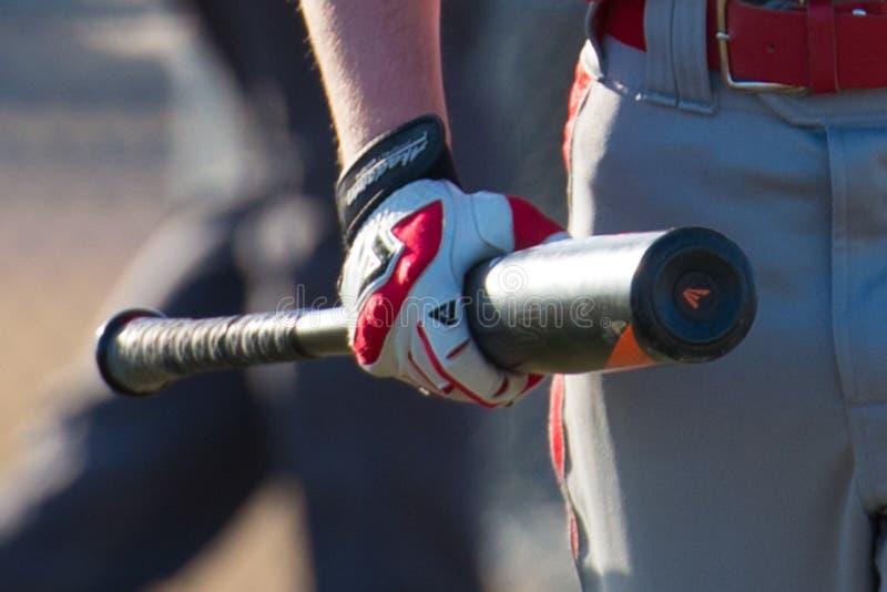 Бэттер бейсбола средней школы стоковое изображение
