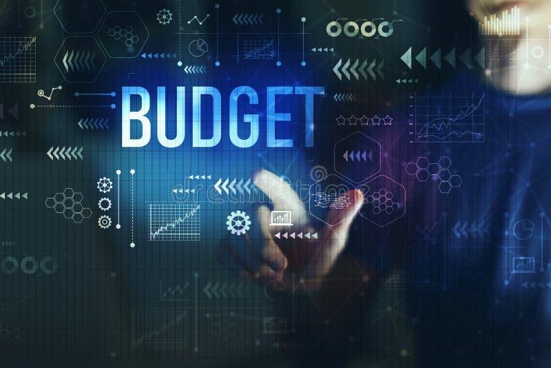 Бюджет с молодым человеком стоковые изображения
