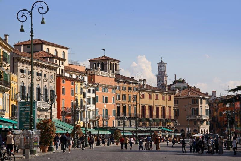 Бюстгальтер аркады в Верона стоковая фотография