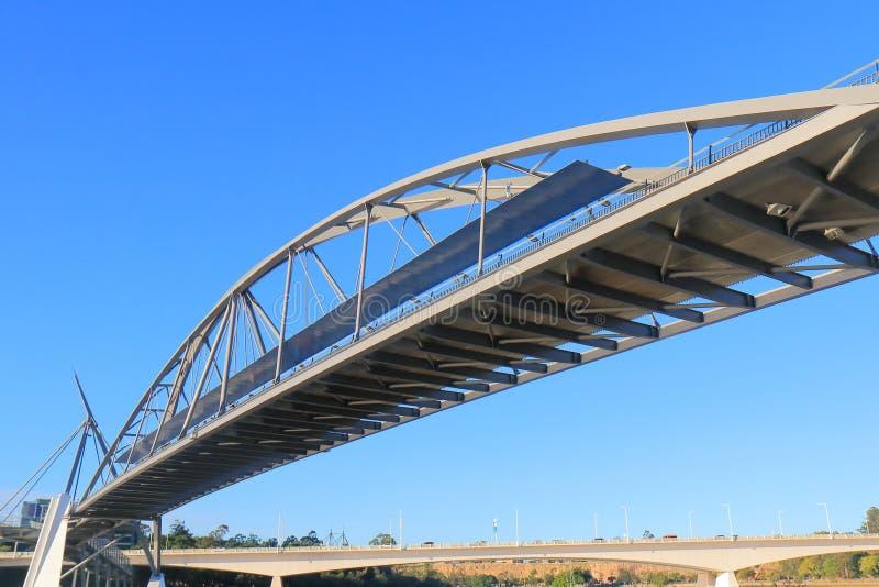 благоволение brisbane моста Австралии стоковые изображения rf