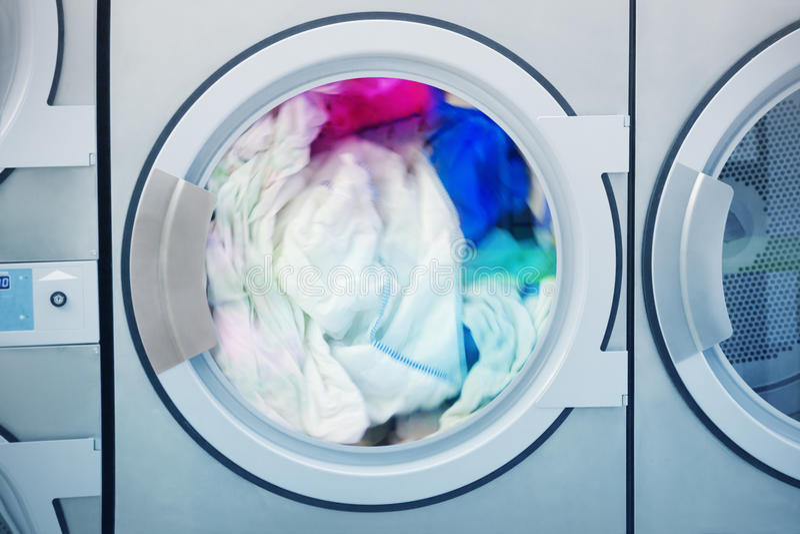 близкая машина сняла вверх по мыть стоковые фотографии rf