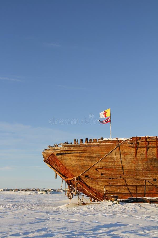 Близкий взгляд остаток кораблекрушением Maud, залив Nunavut Кембриджа стоковые фотографии rf