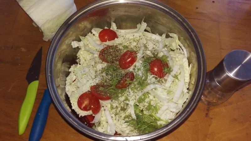 близкий салат снятый вверх по овощу стоковая фотография rf