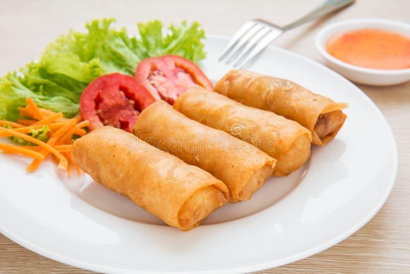 Блинчики с начинкой и сладостный соус погружения chili стоковые фотографии rf