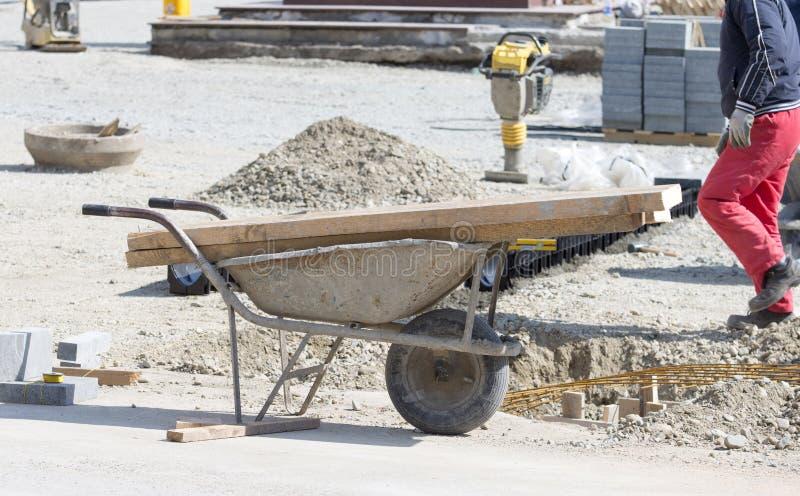 Вагонетка на строительной площадке стоковые фотографии rf