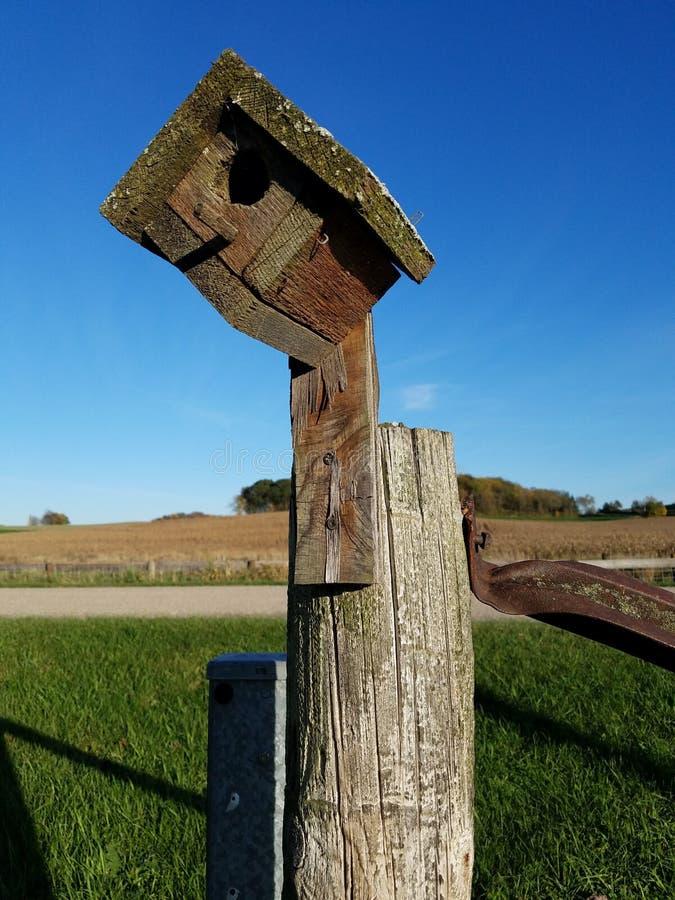 Вакантный Birdhouse стоковое изображение
