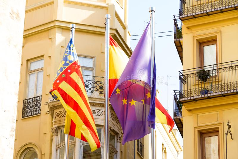 Валенсия, Испания Флаги около места Valencian правительства стоковое фото rf