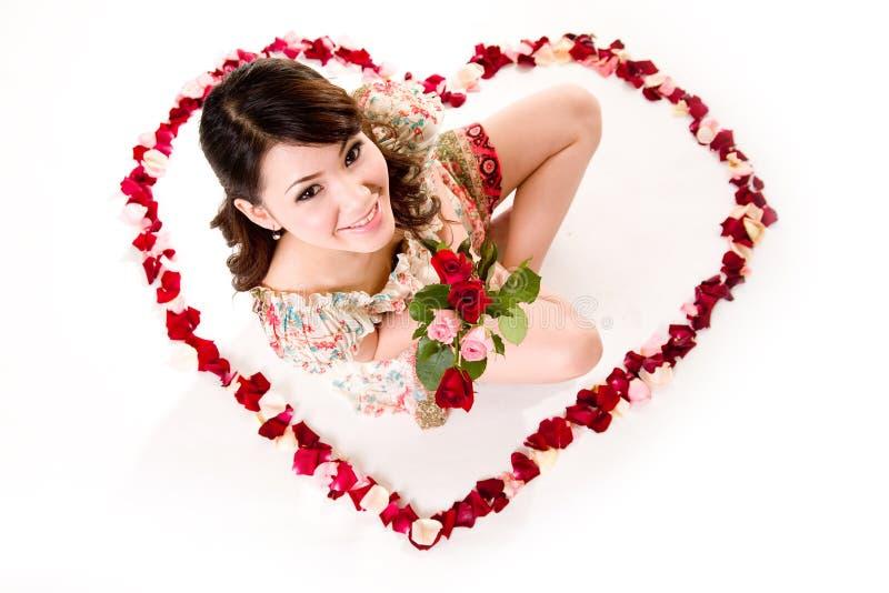 Валентайн роз девушки счастливое стоковое фото rf