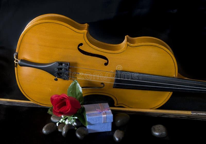 Валентинка с музыкой стоковое фото