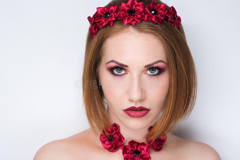 Вампир красного цвета женщины стоковые фотографии rf