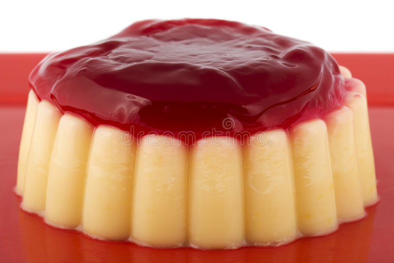 ваниль клубники соуса пудинга стоковые фото
