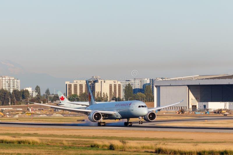 Ванкувер, Канада - около 2018: Air Canada Боинг 787 на YVR Ai стоковые фотографии rf
