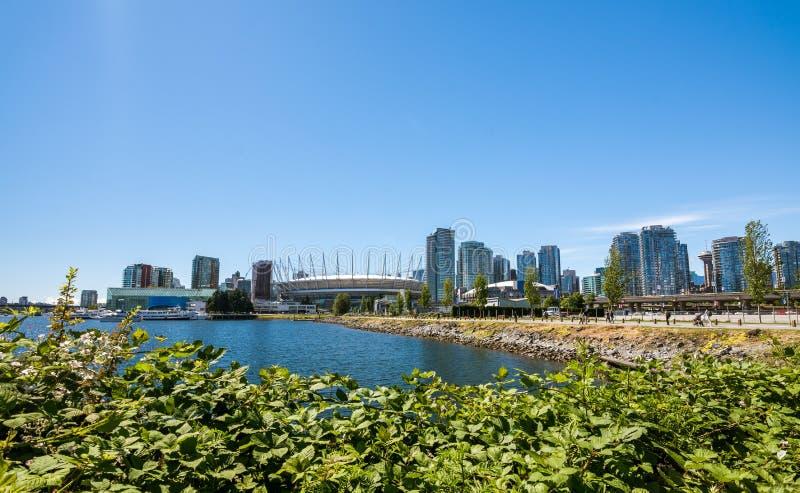 Ванкувер, Канада - 20-ое июня 2017: Olympic Stadium и вилла стоковая фотография rf