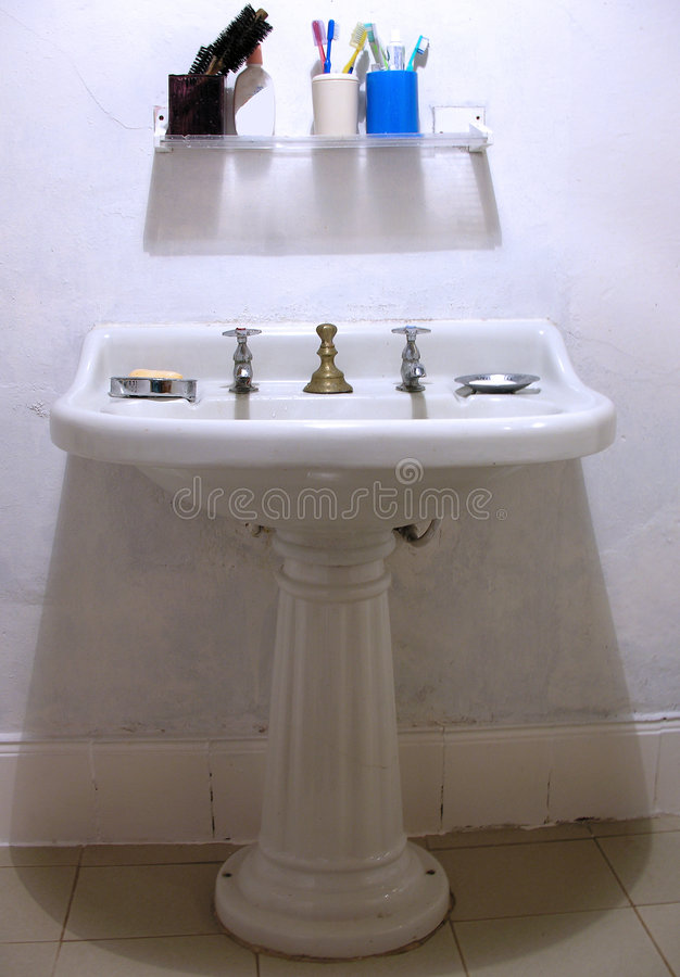 ванная комната ретро стоковые фотографии rf