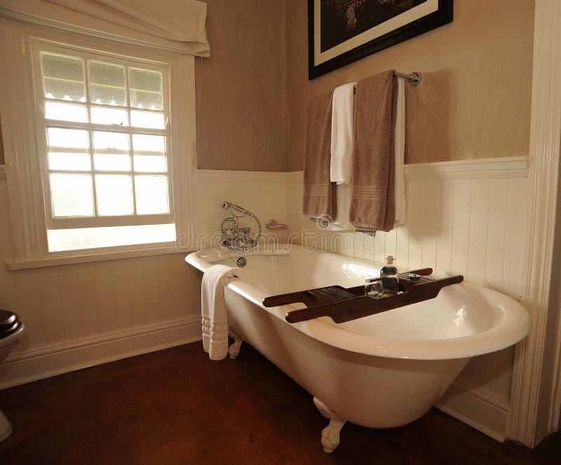ванна ванной комнаты стоковое фото rf