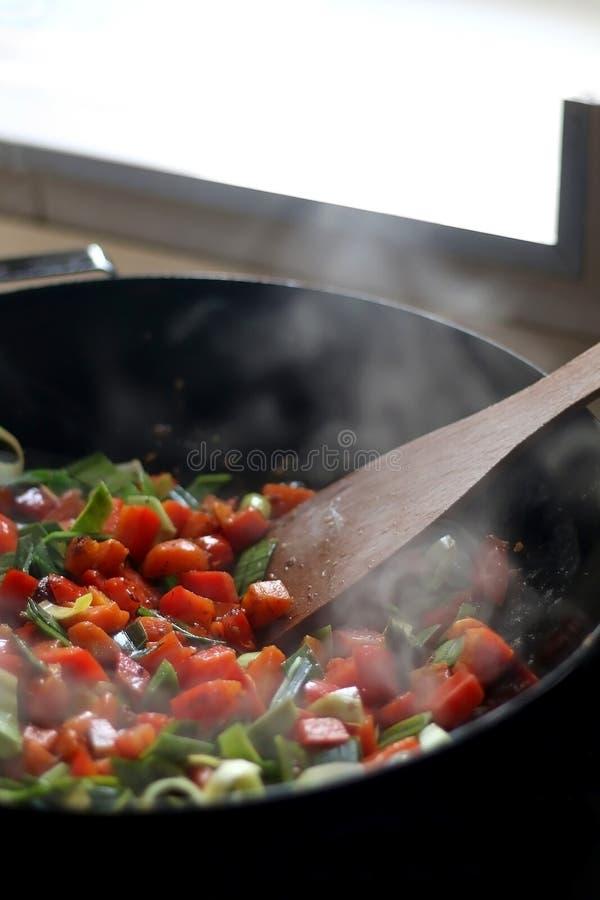 Варить овощи стоковые изображения