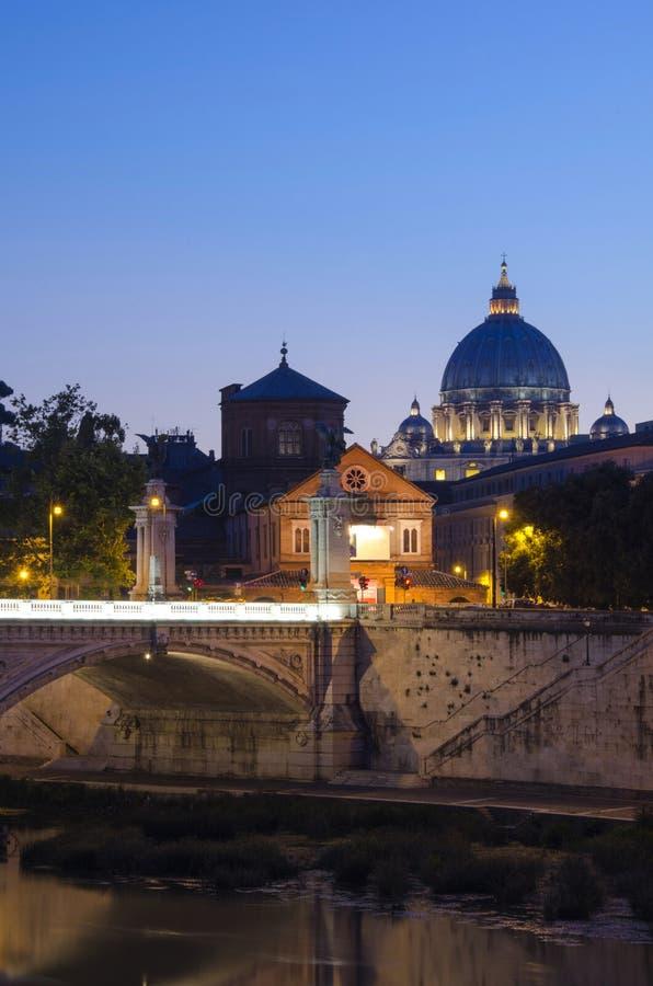 Ватикан заходом солнца стоковая фотография