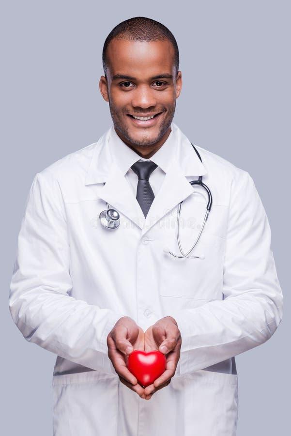 Ваше сердце в правых руках стоковые изображения rf