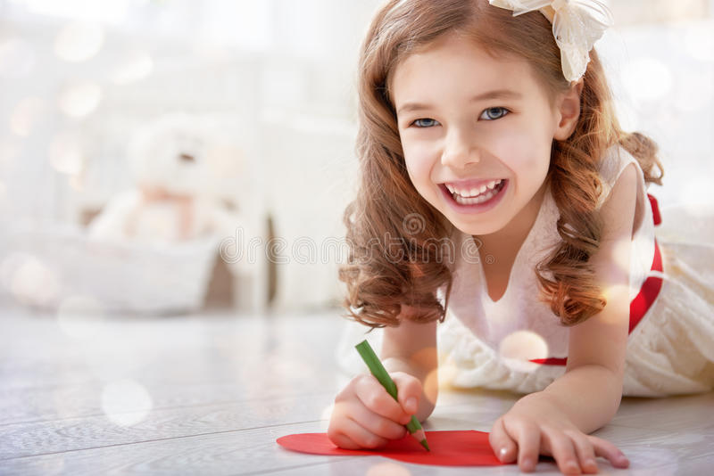 Валентинка подписанная девушкой стоковая фотография rf