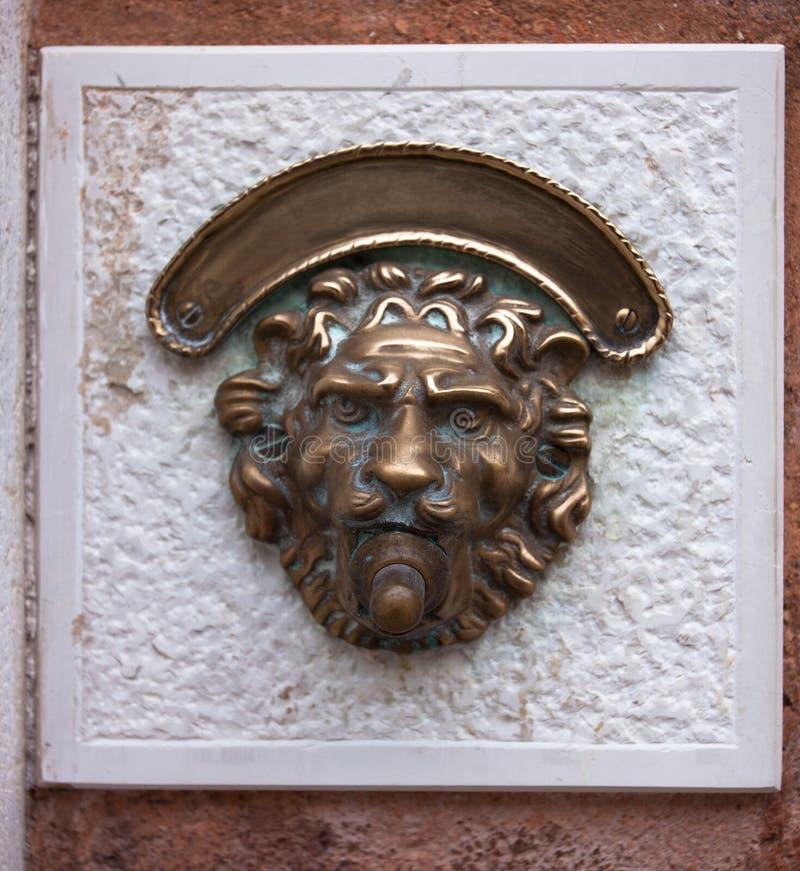 Введенный в моду дверной звонок стоковое изображение