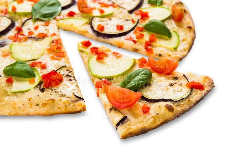 Вегетарианская пицца с aubergines и цукини стоковое фото rf