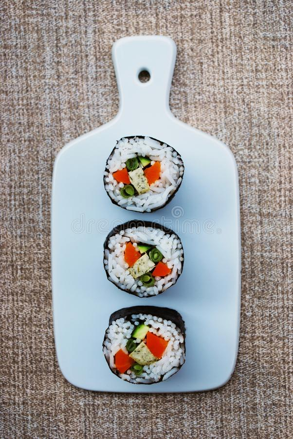 Вегетарианские крены maki суш стоковое изображение rf