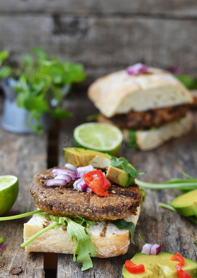 Вегетарианский бургер стоковая фотография